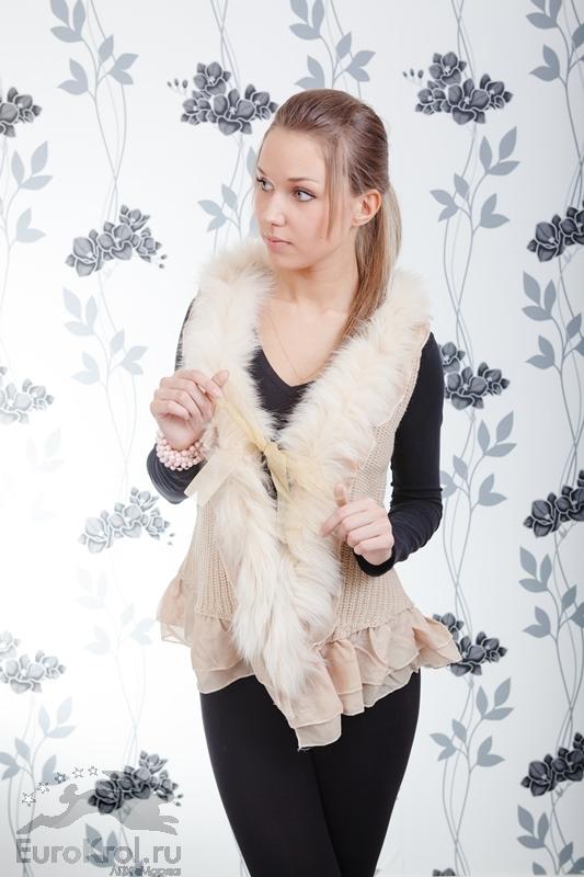 Полушубки, жилеты, меховые гетры из кролика