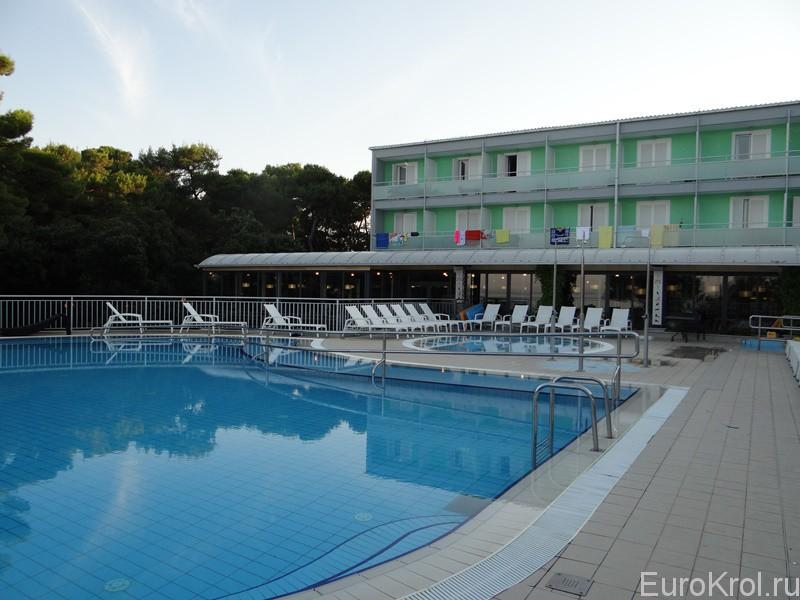 Отель Пиния Задар