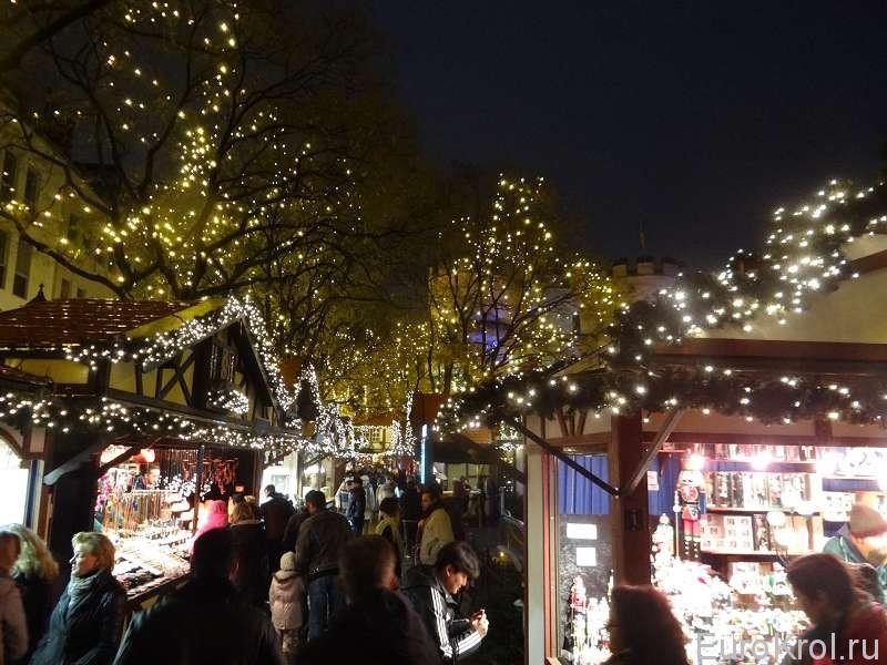 Гирлянды на рождество в Кёльне