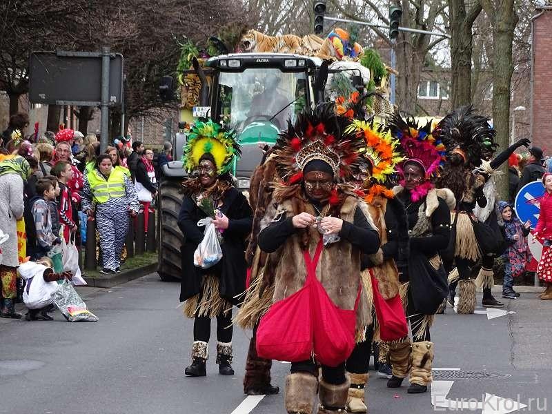 Костюм индейцев на карнавале