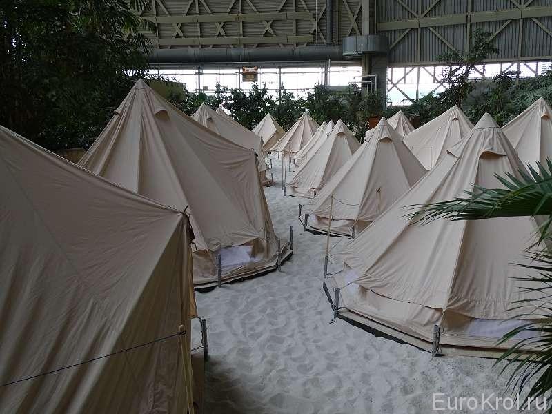 Палатки в тропикал исланд