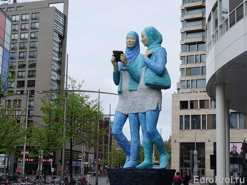 Скульптура в Гааге